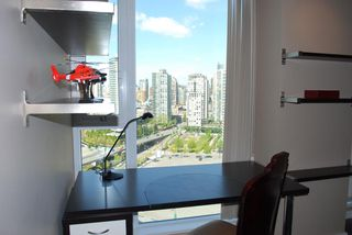 Photo 14: 2306 918 COOPERAGE Way in Vancouver: False Creek North Condo for sale (Vancouver West)  : MLS®# V854637