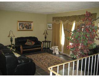 Photo 2: 1175 MARKHAM Road in WINNIPEG: Fort Garry / Whyte Ridge / St Norbert Residential for sale (South Winnipeg)  : MLS®# 2814733