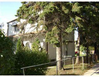 Photo 2: 734 HENDERSON Highway in WINNIPEG: East Kildonan Residential for sale (North East Winnipeg)  : MLS®# 2819062