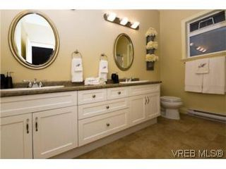 Photo 16: 2105 Bishops Gate in VICTORIA: La Bear Mountain House for sale (Langford)  : MLS®# 487689