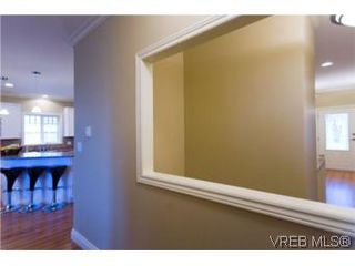 Photo 17: 2105 Bishops Gate in VICTORIA: La Bear Mountain House for sale (Langford)  : MLS®# 487689