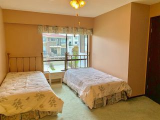"Photo 16: 301 1331 FOSTER Street: White Rock Condo for sale in ""KENT MAYFAIR"" (South Surrey White Rock)  : MLS®# R2408938"
