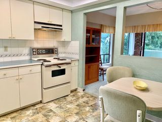 "Photo 9: 301 1331 FOSTER Street: White Rock Condo for sale in ""KENT MAYFAIR"" (South Surrey White Rock)  : MLS®# R2408938"