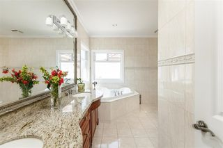 Photo 13: 8660 PIGOTT Road in Richmond: Saunders House for sale : MLS®# R2423717