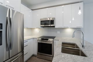 Photo 3: 119 20686 EASTLEIGH Crescent in Langley: Langley City Condo for sale : MLS®# R2479754