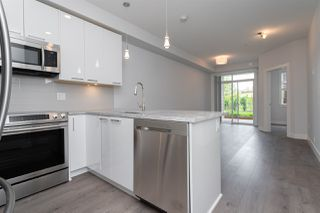 Photo 2: 119 20686 EASTLEIGH Crescent in Langley: Langley City Condo for sale : MLS®# R2479754