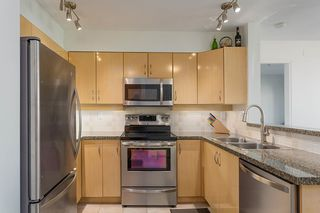 """Photo 8: 404 305 LONSDALE Avenue in North Vancouver: Lower Lonsdale Condo for sale in """"The Met"""" : MLS®# R2491734"""