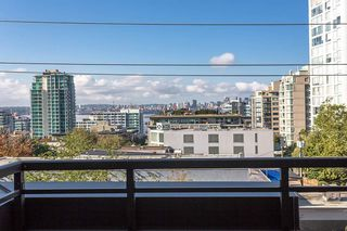 """Photo 16: 404 305 LONSDALE Avenue in North Vancouver: Lower Lonsdale Condo for sale in """"The Met"""" : MLS®# R2491734"""