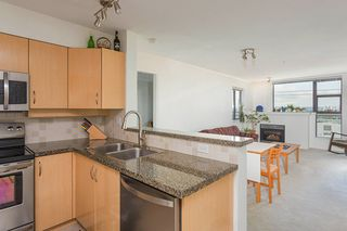 """Photo 7: 404 305 LONSDALE Avenue in North Vancouver: Lower Lonsdale Condo for sale in """"The Met"""" : MLS®# R2491734"""