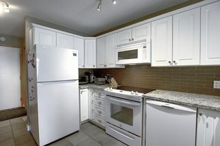 Photo 3: 165 Lakeside Greens Place: Chestermere Semi Detached for sale : MLS®# A1028449
