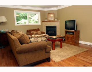 Photo 8: 1398 FARRELL Avenue in Tsawwassen: Beach Grove House for sale : MLS®# V786180