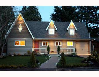 Photo 1: 1398 FARRELL Avenue in Tsawwassen: Beach Grove House for sale : MLS®# V786180