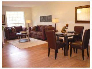 Photo 2: 664 Redwood Avenue in WINNIPEG: North End Residential for sale (North West Winnipeg)  : MLS®# 2950112