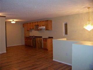 Photo 5: 664 Redwood Avenue in WINNIPEG: North End Residential for sale (North West Winnipeg)  : MLS®# 2950112