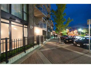 "Photo 10: 103 175 W 1ST Street in North Vancouver: Lower Lonsdale Condo for sale in ""TIME"" : MLS®# V854500"