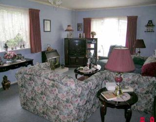 "Photo 2: 10306 129TH ST in Surrey: Cedar Hills House for sale in ""Saint Helen's Park"" (North Surrey)  : MLS®# F2512179"