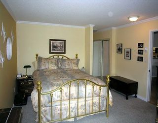 "Photo 5: 212 1236 W 8TH AV in Vancouver: Fairview VW Condo for sale in ""GALLERIA II"" (Vancouver West)  : MLS®# V596989"
