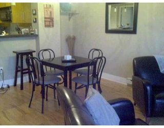 """Photo 5: 411 2655 CRANBERRY Drive in Vancouver: Kitsilano Condo for sale in """"NEW YORKER"""" (Vancouver West)  : MLS®# V739015"""