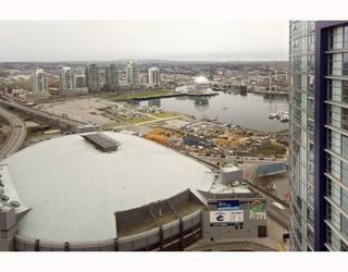 """Photo 2: 3009 668 CITADEL PARADE BB in Vancouver: Downtown VW Condo for sale in """"SPECTRUM 2"""" (Vancouver West)  : MLS®# V746032"""
