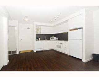 """Photo 5: 3009 668 CITADEL PARADE BB in Vancouver: Downtown VW Condo for sale in """"SPECTRUM 2"""" (Vancouver West)  : MLS®# V746032"""