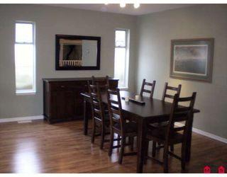 "Photo 3: 20943 94B Avenue in Langley: Walnut Grove House for sale in ""WALNUT GROVE"" : MLS®# F2903612"