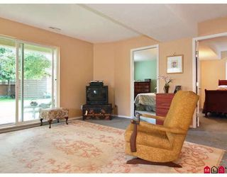 """Photo 8: 9330 207TH Street in Langley: Walnut Grove House for sale in """"Greenwood Estates"""" : MLS®# F2905711"""