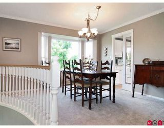 """Photo 5: 9330 207TH Street in Langley: Walnut Grove House for sale in """"Greenwood Estates"""" : MLS®# F2905711"""