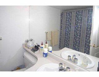 """Photo 8: 206 5880 DOVER Crescent in Richmond: Riverdale RI Condo for sale in """"WATERSIDE"""" : MLS®# V771326"""