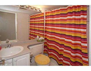 """Photo 10: 206 5880 DOVER Crescent in Richmond: Riverdale RI Condo for sale in """"WATERSIDE"""" : MLS®# V771326"""