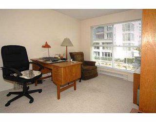 """Photo 6: 206 5880 DOVER Crescent in Richmond: Riverdale RI Condo for sale in """"WATERSIDE"""" : MLS®# V771326"""