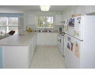 """Photo 5: 206 5880 DOVER Crescent in Richmond: Riverdale RI Condo for sale in """"WATERSIDE"""" : MLS®# V771326"""