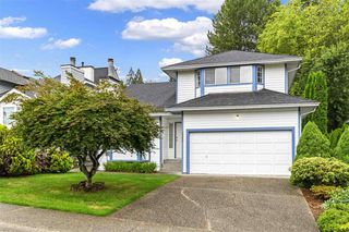 Photo 1: 2985 JULIAN Avenue in Coquitlam: Canyon Springs House for sale : MLS®# R2388303
