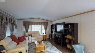 Photo 10: B7-920 Whittaker Road  |  Mobile Home For Sale