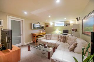 """Photo 18: 910 KENT Street in New Westminster: The Heights NW House for sale in """"Victory Heights"""" : MLS®# R2407320"""