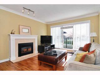 Photo 2: 203 833 W 16TH Avenue in Vancouver: Fairview VW Condo for sale (Vancouver West)  : MLS®# V817272