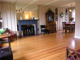 Photo 2: 3752 CALDER Avenue in North Vancouver: Upper Lonsdale House for sale : MLS®# V818766