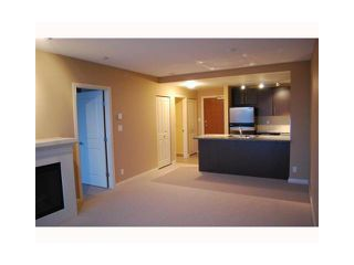"Photo 5: 2107 898 CARNARVON Street in New Westminster: Downtown NW Condo for sale in ""AZURE AT PLAZA 88"" : MLS®# V835306"