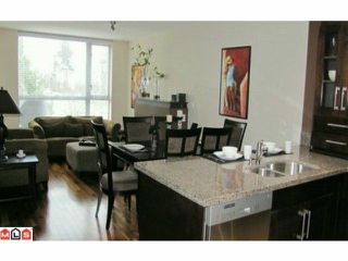 "Photo 3: 311 15777 MARINE Drive: White Rock Condo for sale in ""White Rock Beach"" (South Surrey White Rock)  : MLS®# F1026656"