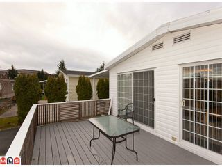 "Photo 3: 18 2303 CRANLEY Drive in Surrey: King George Corridor Manufactured Home for sale in ""SUNNYSIDE"" (South Surrey White Rock)  : MLS®# F1028956"