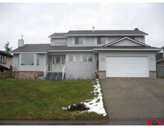 Photo 1: 18467 56A Avenue in Surrey: Cloverdale BC House for sale (Cloverdale)  : MLS®# F2901899