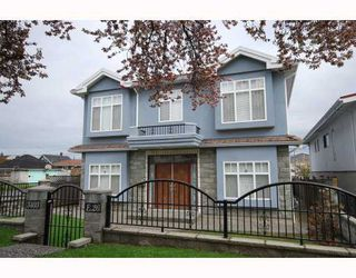 Photo 1: 3403 E 26TH Avenue in Vancouver: Renfrew Heights House for sale (Vancouver East)  : MLS®# V762323