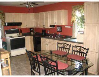 Photo 4: 117 POPLARWOOD Avenue in WINNIPEG: St Vital Residential for sale (South East Winnipeg)  : MLS®# 2914343
