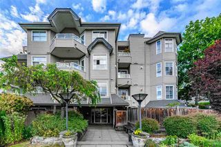 """Photo 1: 301 1481 E 4TH Avenue in Vancouver: Grandview Woodland Condo for sale in """"AWM ALLIANCE"""" (Vancouver East)  : MLS®# R2390041"""