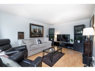 Photo 6: 5816 175 Street in Surrey: Cloverdale BC House for sale (Cloverdale)  : MLS®# R2399967