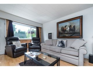 Photo 5: 5816 175 Street in Surrey: Cloverdale BC House for sale (Cloverdale)  : MLS®# R2399967