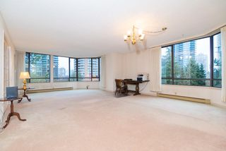 Photo 3: 602 6282 KATHLEEN Avenue in Burnaby: Metrotown Condo for sale (Burnaby South)  : MLS®# R2420718
