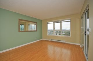 """Photo 4: 702 1833 FRANCES Street in Vancouver: Hastings Condo for sale in """"PANORAMA GARDENS"""" (Vancouver East)  : MLS®# V782136"""