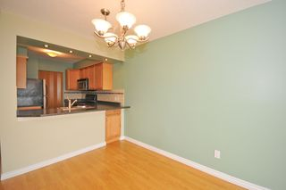 """Photo 3: 702 1833 FRANCES Street in Vancouver: Hastings Condo for sale in """"PANORAMA GARDENS"""" (Vancouver East)  : MLS®# V782136"""
