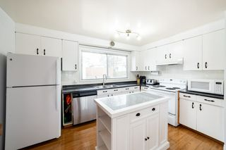 Photo 12: 8 GREENBRIER Crescent: St. Albert House for sale : MLS®# E4195805