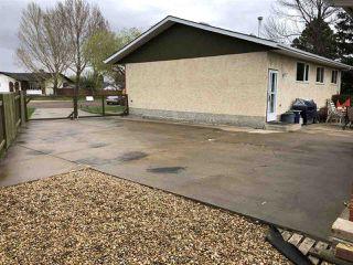 Photo 3: 12219 147 Avenue in Edmonton: Zone 27 House for sale : MLS®# E4196905